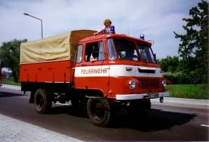 LF8 auf Fahrgestell Robur LO 2000 (70 PS, Hubraum 3.345 ccm) 1983 - 2000