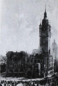 Brand des Rathauses zu Dessau in der Nacht vom 2. bis zum 3. April 1910